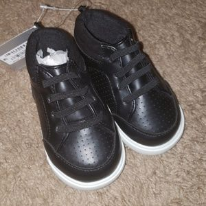 Brand NEW Baby Shoes - High Top Gym Shoes